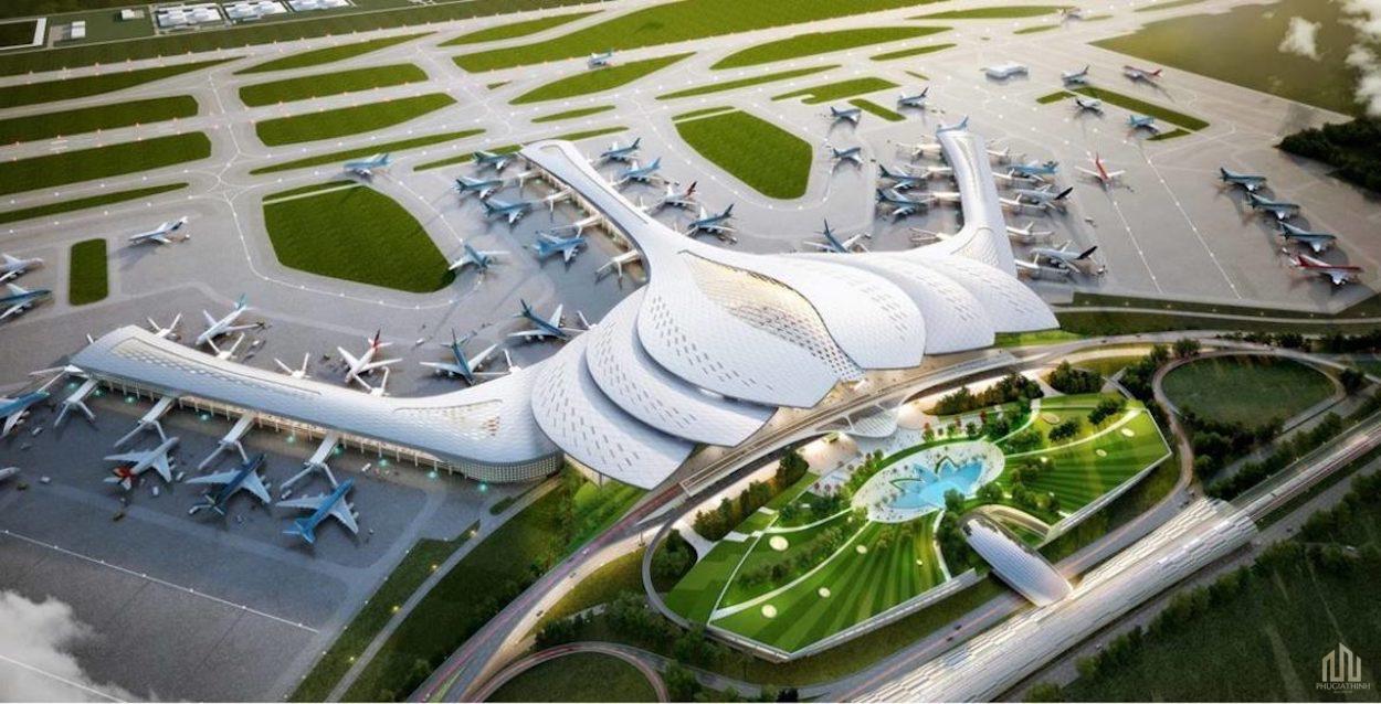 Sân bay Quốc Tế Long Thành được đầu tư làm 3 giai đoạn. Cảng hàng không quốc tế Long Thành sẽ đón 80% tổng lượt du khách quốc tế, 20% khách nội địa. Thay cho sân bay Tân Sơn Nhất sẽ chỉ đón 20% khách quốc tế công vụ và 80% khách trong nước.  Năm 2025, đi vào khai thác giai đoạn 1 với 25 triệu lượt khách/năm. Sân bay Long Thành chắc chắn sẽ trở thành thỏi nam châm thu hút khách trong nước & du khách quốc tế.