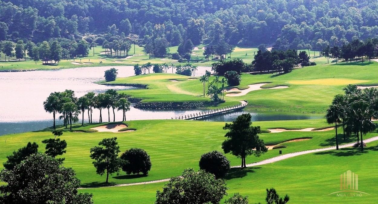 Sân golf diện tích siêu lớn Việt Nam Golf & Country Club